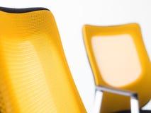 黄色椅子 免版税库存照片