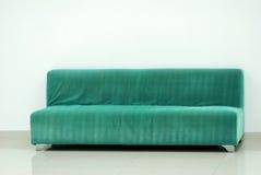 绿色沙发 库存图片