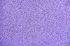 紫色淡紫色混凝土墙背景纹理 库存照片