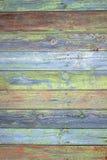 绿色灰色被绘的木板条可以使用作为背景 土气,破旧的小鸡木背景 年迈的木板条样式 Woode 库存照片