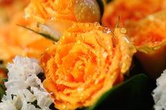 黄色玫瑰花束。 免版税库存照片