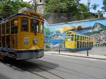 黄色电车轨道在里约热内卢 库存图片