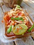 绿色番木瓜沙拉, Somtum泰国食物 库存图片