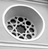 黑色白色 中世纪被加强的教会Cristian,特兰西瓦尼亚的看法 图库摄影