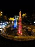 色的喷泉在一点巴黎 免版税库存图片