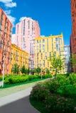色的城市街道全景鸟瞰图  库存图片