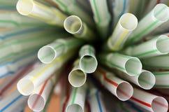 色的塑料秸杆 图库摄影