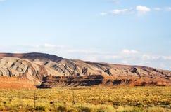 色的山,圣胡安谷,美国Hwy 163 -犹他 库存照片