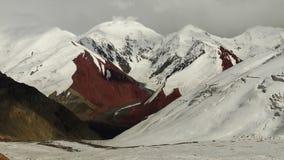 色的山 冰川 帕米尔 库存照片