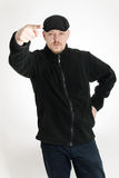 指向他的手指的恼怒的人 免版税库存照片