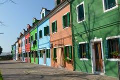 色的房子在Burano海岛4 免版税库存照片