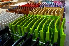 色的折叠的织地不很细椅子 免版税库存照片