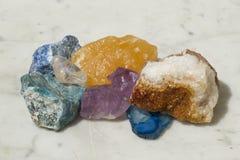 色的次贵重的矿物的构成 设置与鸟的design.elements 免版税库存图片