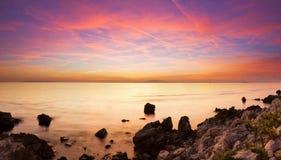 色的海边全景 免版税库存图片