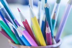 色的玻璃铅笔 免版税库存照片