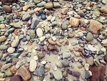 色的石头和沙子 免版税库存照片