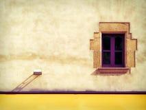 色的西班牙墙壁 库存图片