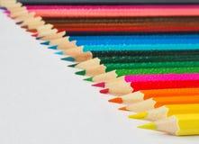 色的铅笔 抽象背景上色了 库存图片