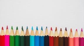 色的铅笔 抽象背景上色了 免版税库存图片
