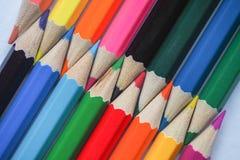 色的铅笔 抽象背景上色了 免版税库存照片