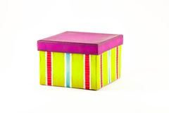 色的镶边礼物盒 免版税库存照片