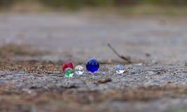 色的玻璃球 免版税库存图片