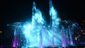 色的LED轻的音乐喷泉 股票录像
