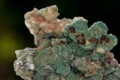 绿色矿物石英石头 图库摄影