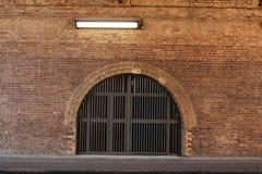 黄色砖曲拱2 免版税库存图片