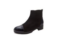 黑色穿上鞋子妇女 免版税图库摄影