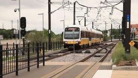 黄色箭火车在达拉斯,美国 影视素材