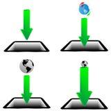 绿色箭头、片剂和模型行星地球20.04.13 库存照片