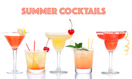 黄色红色酒精玛格丽塔酒马蒂尼鸡尾酒鸡尾酒混合涂料拼贴画  库存照片