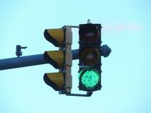 绿色红绿灯在美国 免版税库存图片