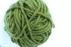 绿色编织的羊毛 免版税库存图片