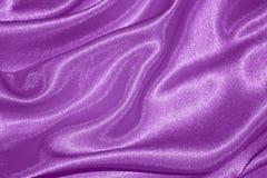 紫色背景:华伦泰丝绸-储蓄照片 免版税库存照片