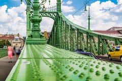 绿色自由桥梁在布达佩斯 免版税库存图片