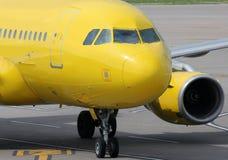 黄色航空器 图库摄影