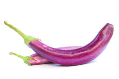 紫色茄子在白色 免版税图库摄影