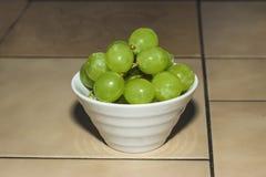 绿色葡萄 免版税图库摄影