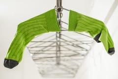 绿色袜子 免版税库存照片