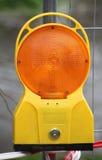 黄色警告灯 免版税图库摄影