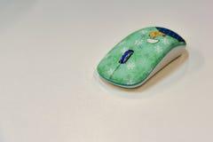 绿色计算机无线老鼠 库存图片