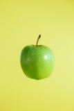 绿色鲜美新鲜的苹果 图库摄影