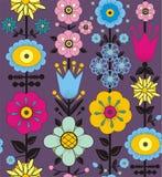 紫色,桃红色,蓝色和黄色花和叶子 免版税库存照片