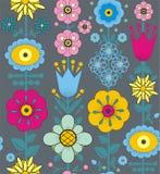 紫色,桃红色,蓝色和黄色花和叶子 库存照片