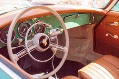 绿色1958年保时捷356 免版税库存图片