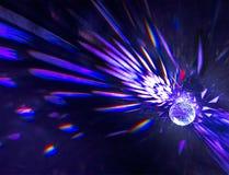 紫色水晶球折射 库存图片