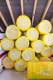 黄色玻璃棉 库存照片