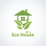 绿色eco房子 免版税库存图片